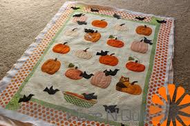 Piece N Quilt: Pumpkin Quilt & Valerie sent me this adorable quilt and asked me to custom machine quilt it  for her. Being that it's a pumpkin quilt I decided to add in some spider  webs, ... Adamdwight.com