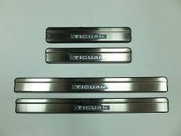 <b>Накладки на дверные пороги</b> с LED подстветкой, нерж. для VW ...