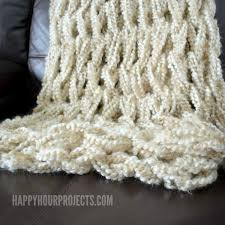 Arm Knit Blanket Pattern Adorable Arm Knitted Blanket Happy Hour Projects