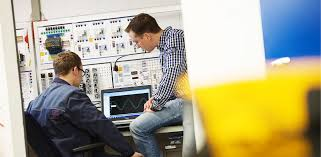 Electronics Engineer For Industrial Engineering Piller