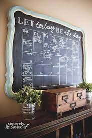 Get organized with a chalkboard calendar - check out this tutorial which  includes FREE printables!