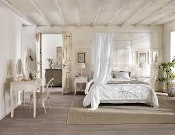 Mobili rustici camera da letto: camere rustiche in pino demar