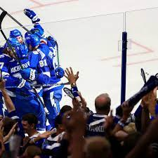 Tampa Bay Lightning see off Canadiens ...