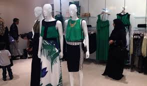 Fashion Design Courses In Abu Dhabi Saudi Fashion Brand Femi9 Opens Its First Store In Abu