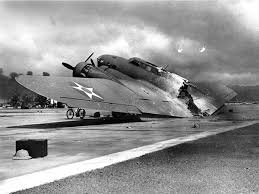 attack on pearl harbor essay pearl harbour past to present aces  pearl harbour past to present aces flying high a usaaf boeing b 17 flying fortress destroyed