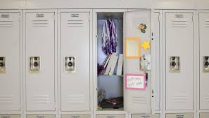 do schools have the right to search students personal belongings student lockers aren t private property and be searched by school officials