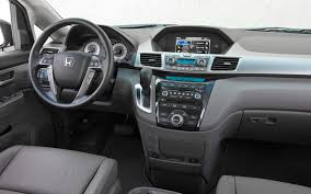 2012 Honda Odyssey Reviews and Rating | Motor Trend