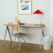 table 140 cm in matt lacquered solid