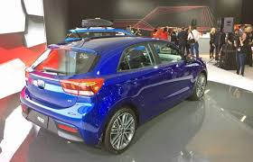 kia rio 5 2018. fine kia rio 5 promises big features in a small package the 2018 kia  for kia rio
