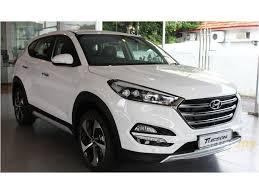 2018 hyundai tucson white. 2017 hyundai tucson crdi suv 2018 white carlist