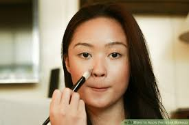 image led apply feminine makeup step 1