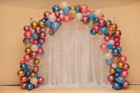 More balloon decoration ideas with tutorials. 20 Clever And Affordable Bridal Shower Decoration Ideas
