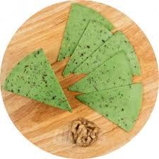 <b>Сыр Песто</b> зеленый <b>Cheese Lovers</b> 50%, кусок, 1 кг — купить в ...