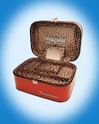 vine style red sparkle train case from pinup couture