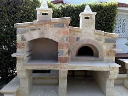 Cascate Da Giardino In Pietra Prezzi : Come realizzare un barbecue in giardino la potatura estiva