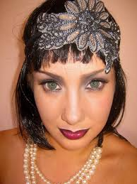 i was contacted by one of my amazing subscribers and asked to create a 20 s flapper inspired makeup look for her this is what i came up with