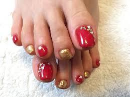 赤 ゴールド ネイル