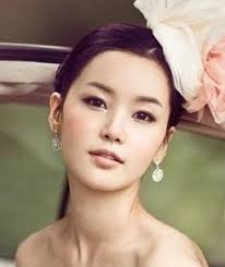 korean wedding makeup not too keen on the shiny silvery under eye look