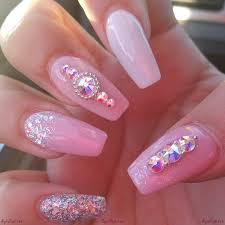 Pink and White A symbol of Style and feminism - Nail Art Designs ...