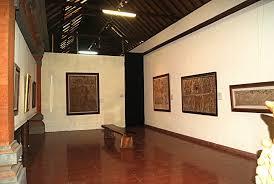 Hasil gambar untuk museum puri lukisan