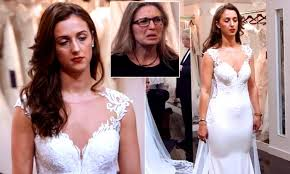 Say Yes To The Dress Uk Designers Bride On Say Yes To The Dress Reduced To Tears As She Is