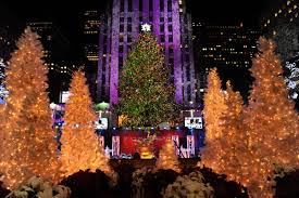 Nyc Tree Lighting 2015 Rockafeller Tree Lights Up The City Resident Magazine