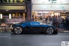 The car, as the name suggests, is finished entirely in black. Bugatti Veyron Sang Noir A Realisation Crankandpiston Com
