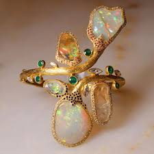 coomi opal bracelet as seen at las vegas couture 2017