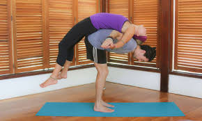 5 couples yoga poses to strengthen your