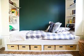 picture of diy storage daybed with build in shelves
