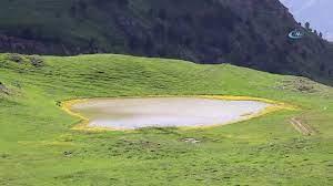 Adını Efsanelerden Alan 'Dipsiz Göl' Havadan Görüntülendi - YouTube