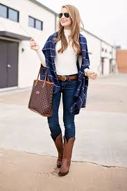 Best 25+ Cowboy boot outfits ideas on Pinterest | Country style ...