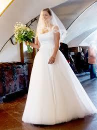 Klassisches Brautkleid Tr Ger Brautkleider Von Cindy Ella