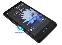 Mobile-review.com Первый взгляд на Sony LT30p Mint
