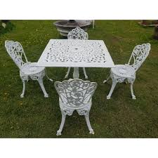 1 cast iron garden set square table