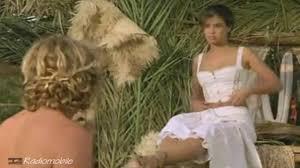 Phoebe Cates Paradise scene tratte dall omonimo film. YouTube