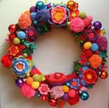 Crochet Christmas Wreath...these are the BEST DIY Christmas Wreath Ideas!