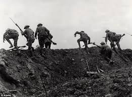 top over the top ww trench warfare essay study courses over the top ww1 trench warfare essay