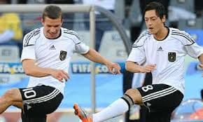 En 1995 se incorporó al 1. World Cup 2010 Lukas Podolski And Mesut Ozil Miss Germany Training Germany The Guardian