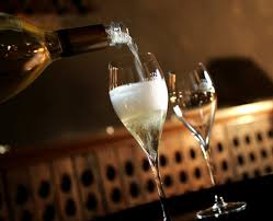 new years eve 2015 champagne.  Eve New Yearu0027s Eve Party Planning Best Deals On Champagne Bubbly And Food To  Bring In 2015 On Years Champagne Y