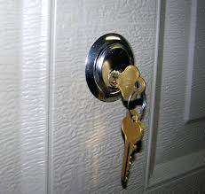 how to unlock a deadbolt with a credit card deadbolt credit card bedroom from outside the