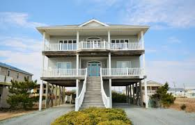 View: Ocean View/Unobstructed Pets Allowed: No Property Type: House  Location: Surf City Bed Types: K, Q, Q, Q, 2T
