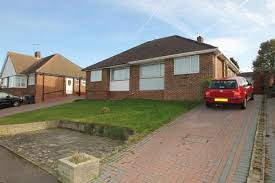 2 bedroom house in maidstone kent. 2 bedroom bungalow for sale - langham grove, maidstone house in kent e