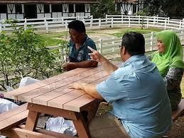 recycle plastic lumber zoo bench singapore