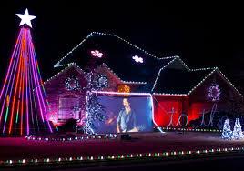 Christmas Lights In Oklahoma Check Out These Okc Neighborhood Holiday Lights Decorating