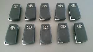 2018 toyota key. delighful key lot of 2010 oem 2018 toyota camry remote keyless fob hchip fcc hyq12bfb  flip key inside toyota key