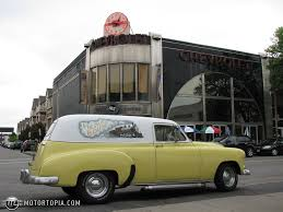 1952 Chevrolet Sedan Delivery - Information and photos - MOMENTcar