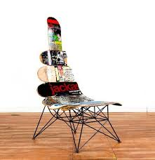 Skateboard Chair - for the boys room.