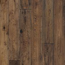 love this floor p mercado oak is a stunning wire brushed subtly distressed and handcrafted hardwood floor