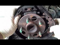 how to replace drum brake shoes full ericthecarguy how to replace drum brake shoes full ericthecarguy